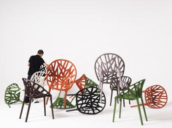 Vegetal chair: Blooming